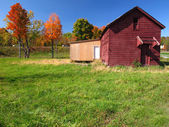 A Red Barn in Autumn — Stock Photo