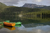 Boats on the Mountain Lake — Stock Photo