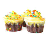 Cupcakes with Yellow Icing — Stock Photo