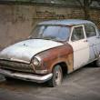 Old rusty car — Stock Photo