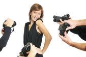 Herečka a fotoaparáty — Stock fotografie