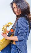 Dziewczynka gitara — Zdjęcie stockowe