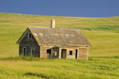 Abandoned Homestead on the Prairie — Stock Photo