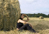 Woman in field — Stock Photo