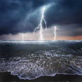 Thunder on the stormy ocean — Stock Photo