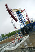 Pump jack, oil industry — Stockfoto