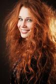 Zrzka žena s krásné dlouhé vlasy
