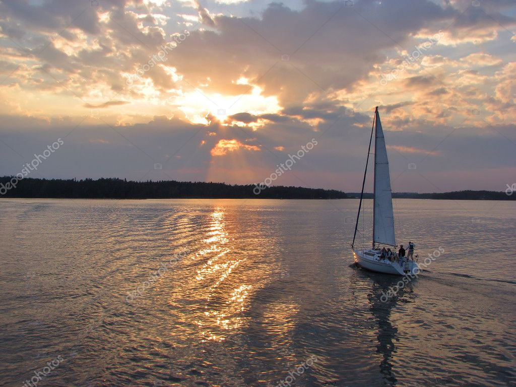 Evening sail by the lake
