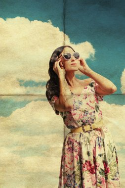 Beauty young woman in sunglasses