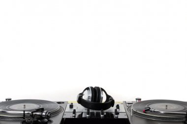 Turntables, headphones & sound mixer