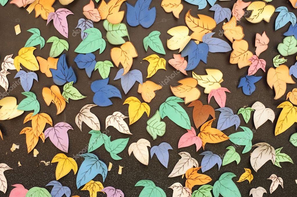 Paper leafes