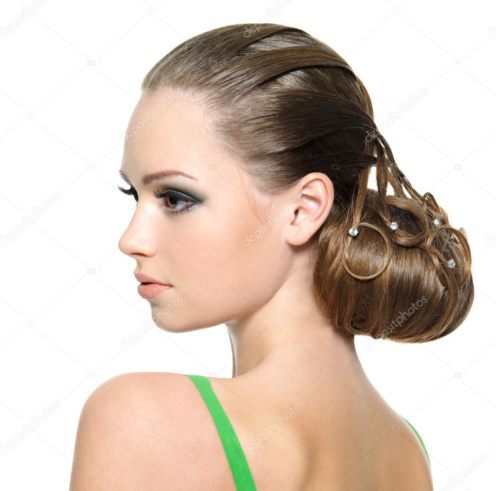 Beautiful teenager girl with modern hairstyle — Stock Photo ...