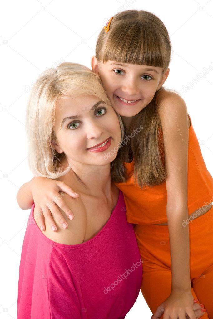 Are similar mor dotter naken something similar?