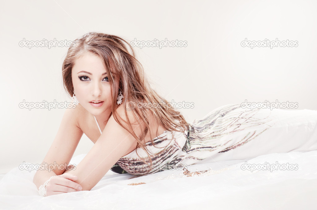 Beatiful girl — Stock Photo © vsv8093 #5291076