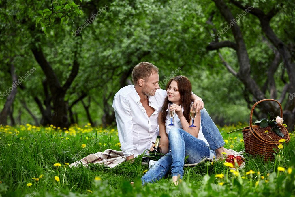 Enamoured couple on picnic