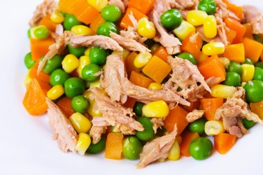 Tuna and vegetables salad