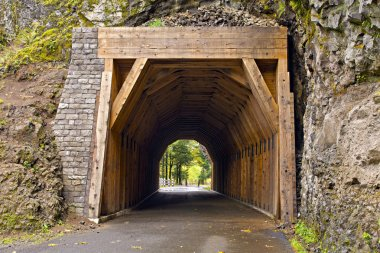 Tunnel on Oneonta Gorge Hiking Trail 2