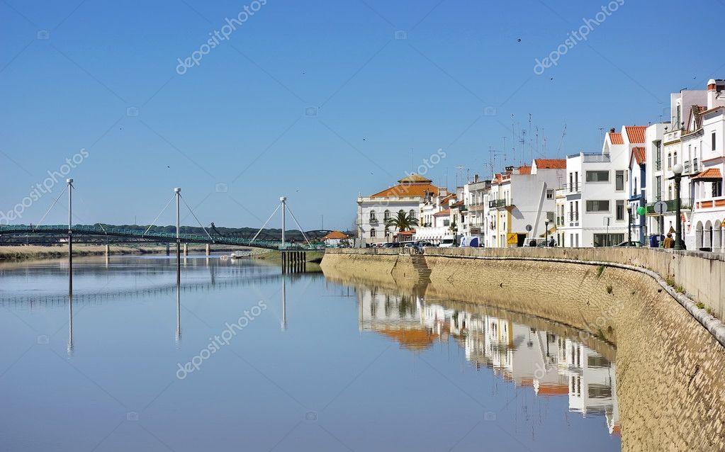 アルカセル ド サル、典型的な村...