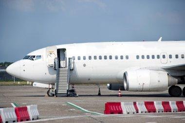 Aircraft boarding-