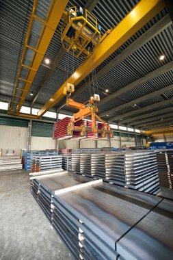 Handling Steel