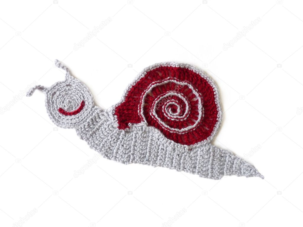 Caracol de ganchillo de lana aislado sobre un fondo blanco — Fotos ...