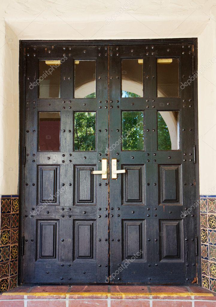 Schwarze Türen schwarze spanische türen — stockfoto © bobkeenan #4146404