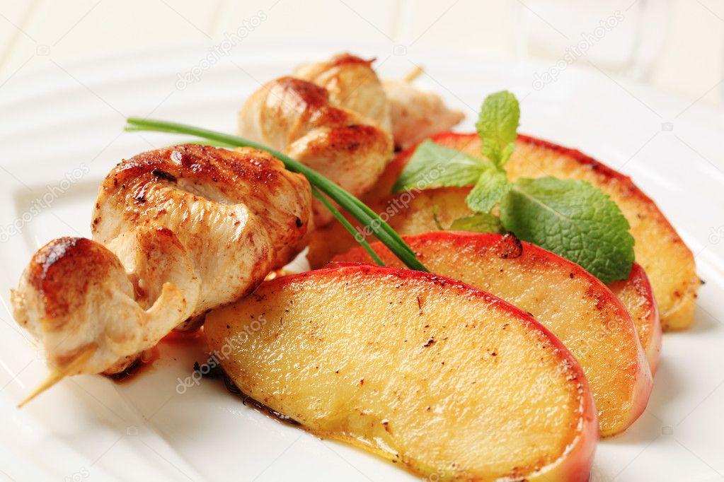 Куриные шашлычки на шпажках в духовке пошаговый рецепт