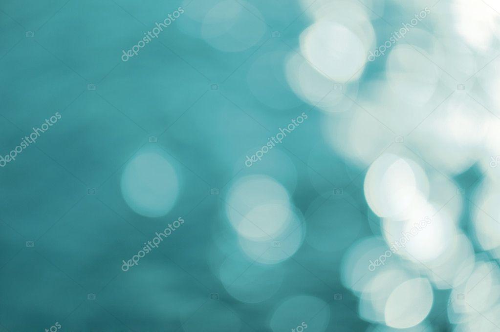 Defocused Reflections