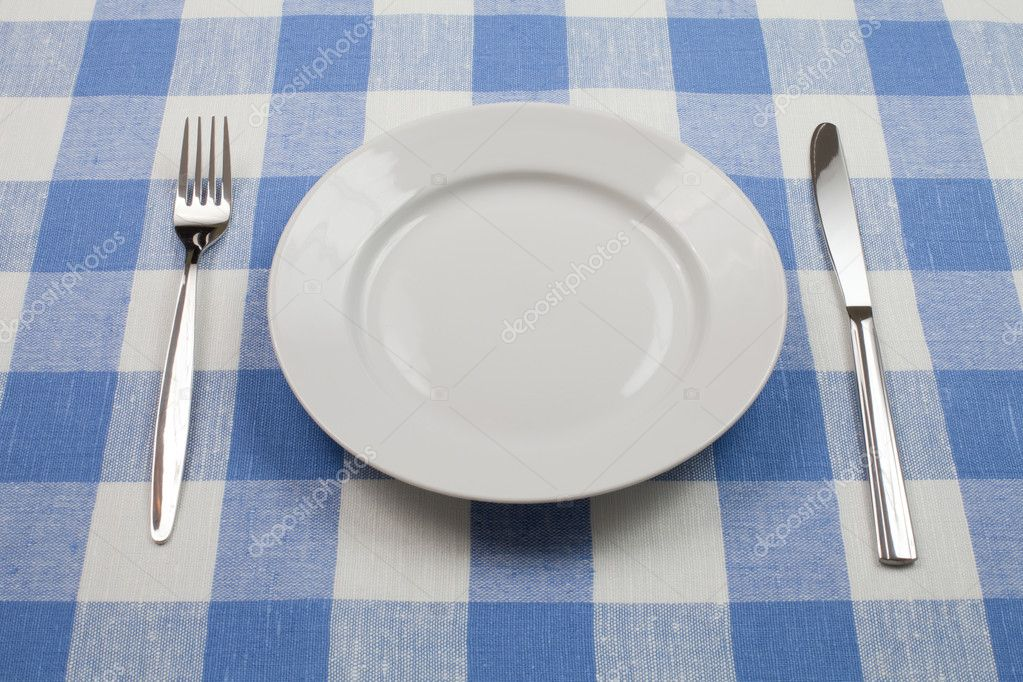 Knife, White Plate And Fork On Blue Checked Tablecloth U2014 Stock Photo