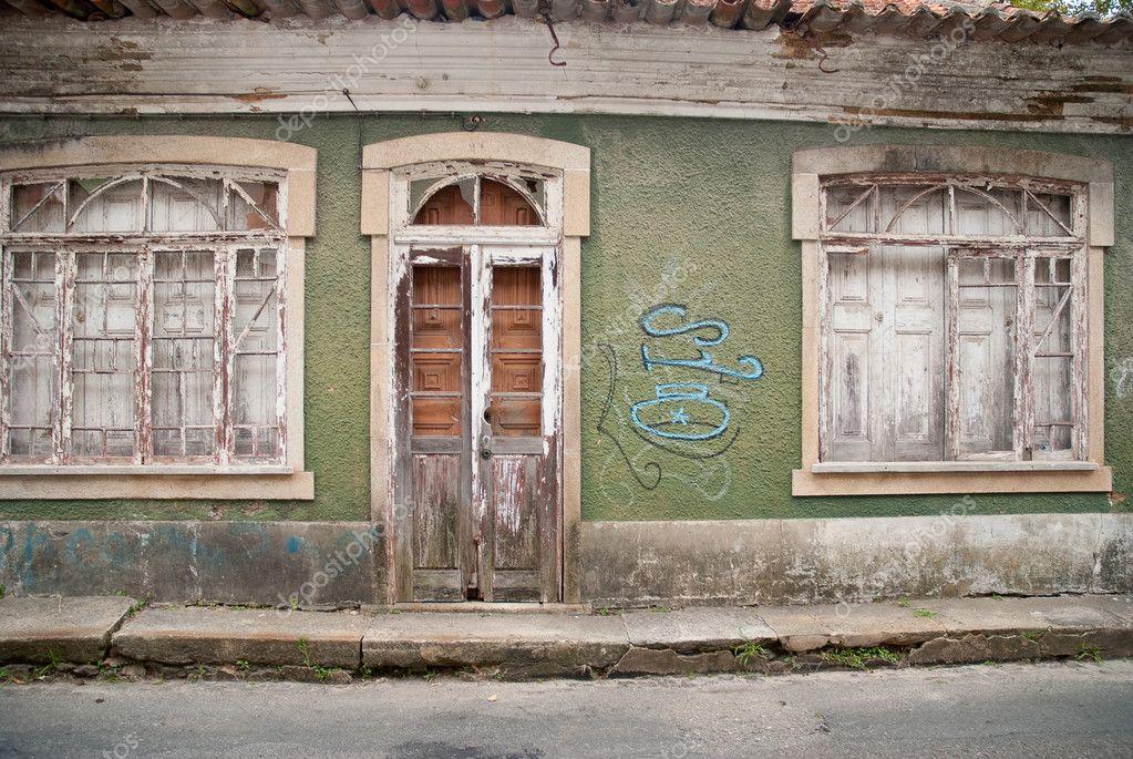 Oude huis gevel u2014 stockfoto © homydesign #4059157