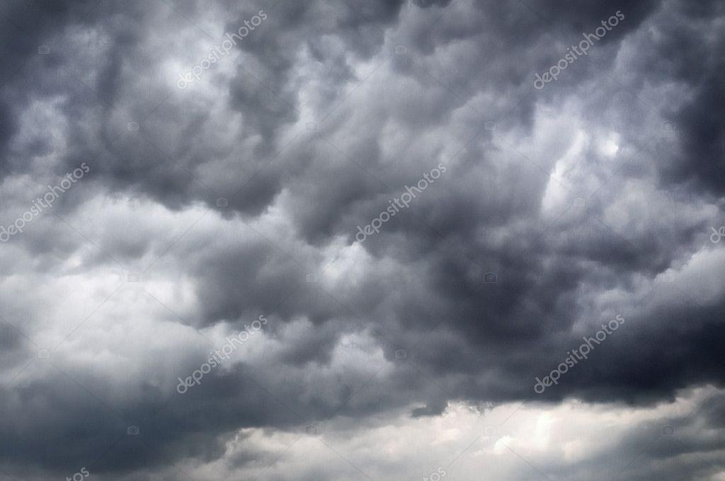 Dark threatenings clouds
