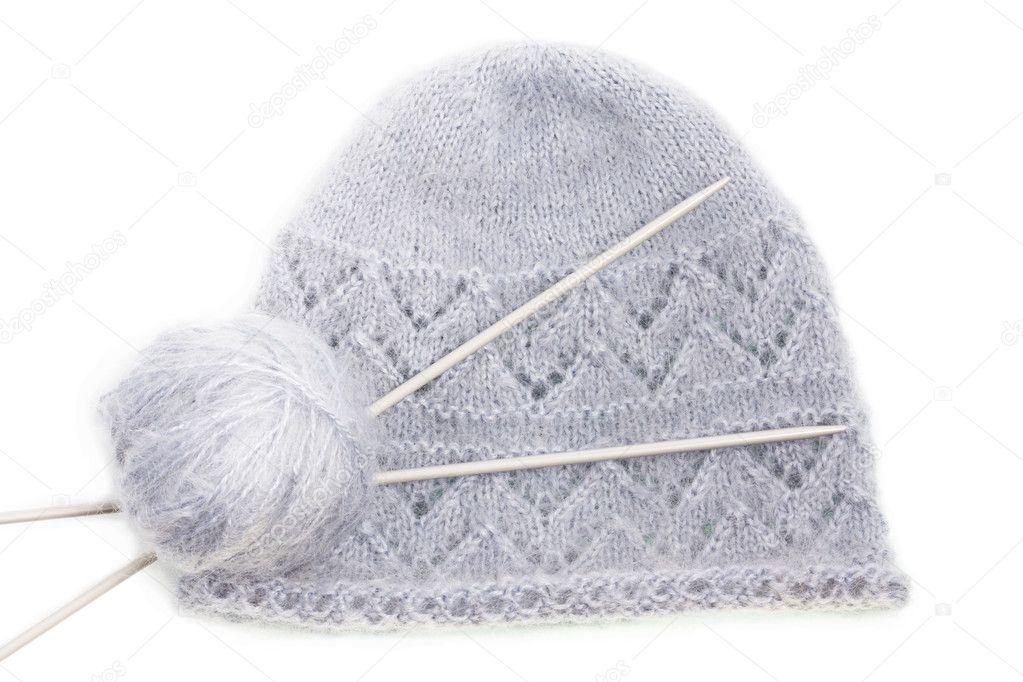 casquillo de mohair tejido lana gris con puño de escota y agujas de ...