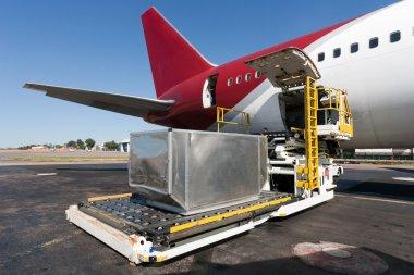 Loading cargo plane