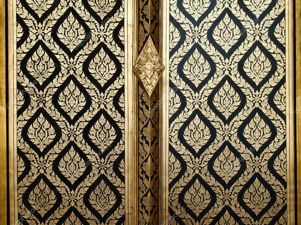 Thai gold art painting on wood door \u2014 Stock Photo  sc 1 st  Depositphotos & Thai gold art painting on wood door \u2014 Stock Photo © nuttakit #3943902