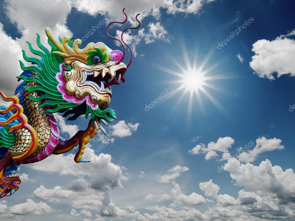Chinese Dragon statue and sunny sky