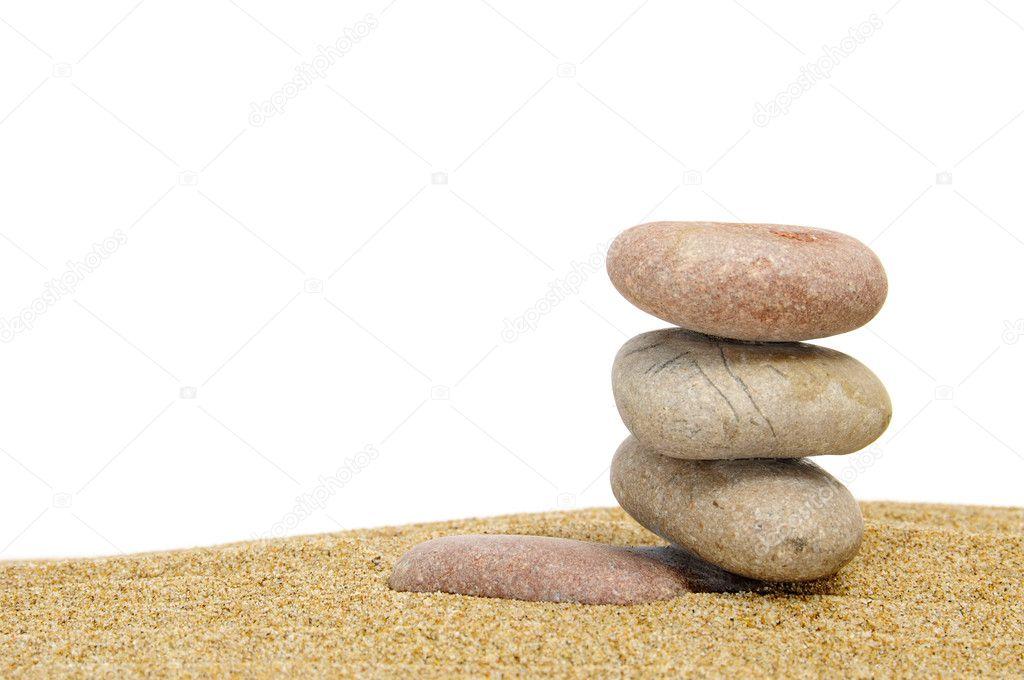 Piedras zen en la arena fotos de stock nito103 4601709 for Fotos piedras zen