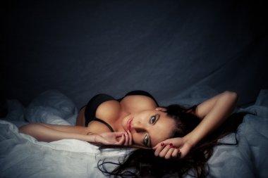 привлекательная девочка наложения с большими грудями