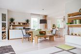 moderní dům, obývací pokoj s moderní nábytek