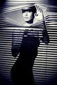szexi nő fekete ruha. retro stílusú