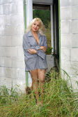 Fotografie Beautiful Blonde in a Dilapidated House (2)