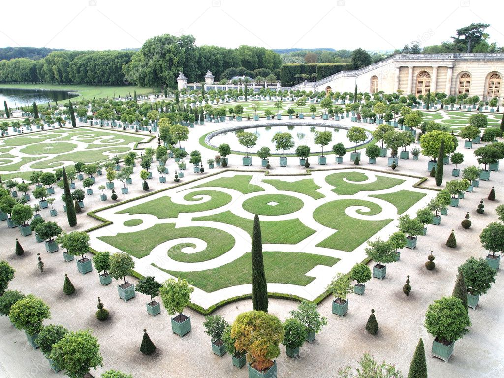 Decorative gardens with orange trees at Versailles in France — Stock ...