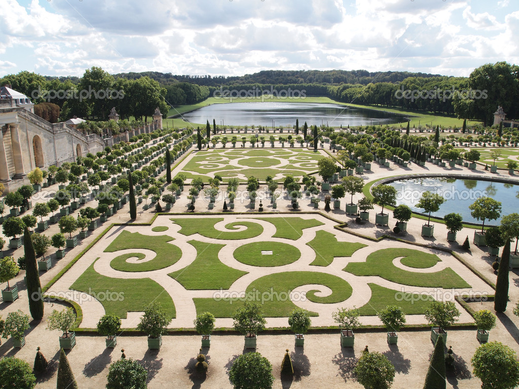 Decorative gardens at versailles in france stock photo for Garden design versailles