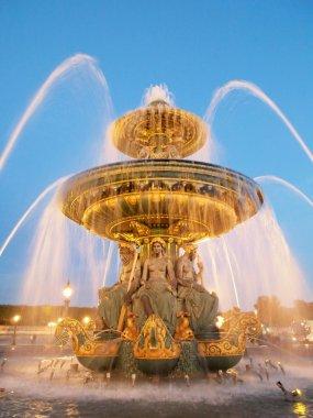Fountain at the Place de la Concorde at night Paris