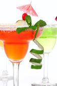 Fotografie Erdbeere, Limette, Apfel Margaritas Cocktails Zusammensetzung