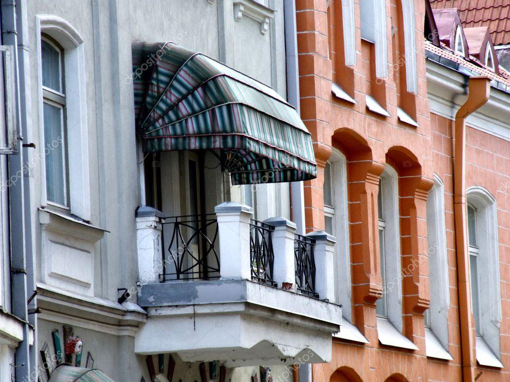 Фотообои на заказ - tallinn architecture - old balcony фотоо.