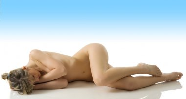 Natural nude girl