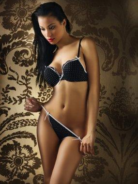 Latina girl in sexy black underwear