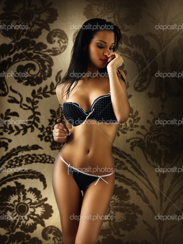 Latina lingerie