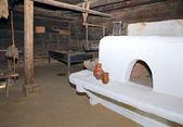 historické rolnické obydlí interiér kamna