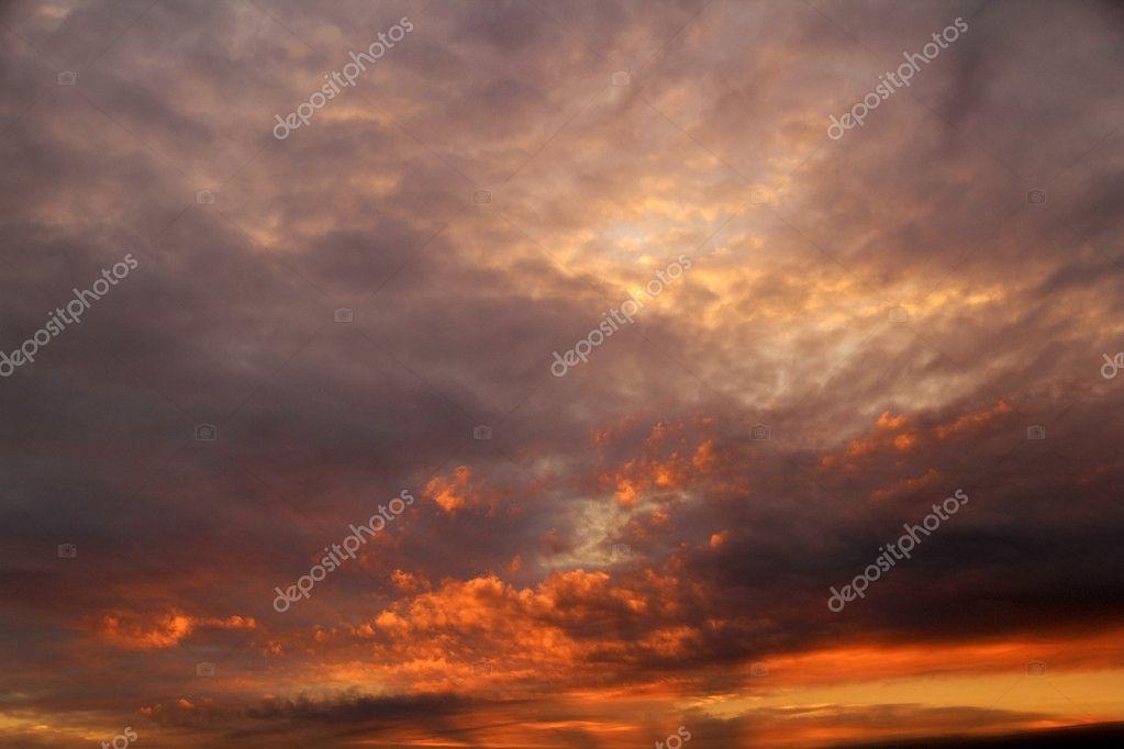 Cielo Rosso Di Notte.Cielo Rosso Di Notte Foto Stock C Markb 4503957